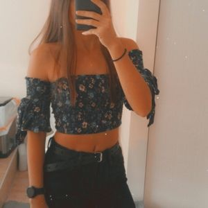 Cute crop top for the summer